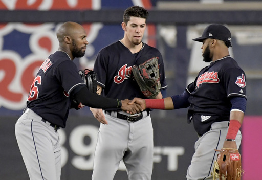 Indians sweep Yankees, who stagger into Red Sox series