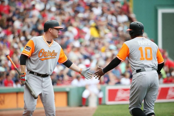 Orioles get to Fister early, beat Red Sox 2-1
