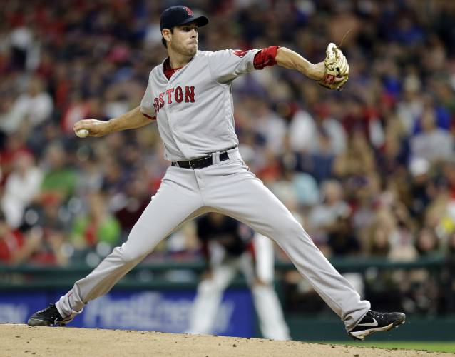 Fister fires 1-hitter as Red Sox romp Indians 9-1