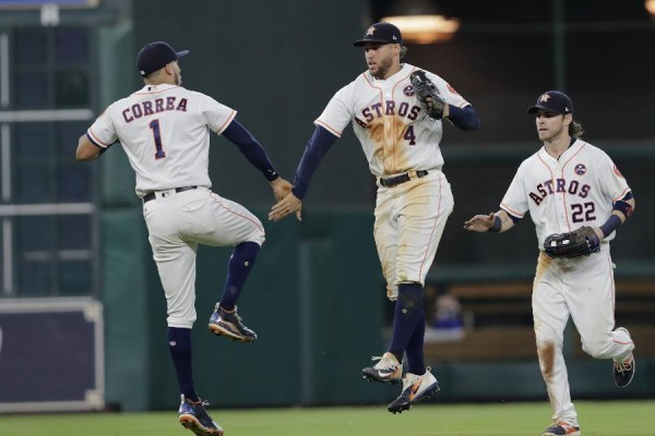 Houston's magic number at 1 after 8-6 win over Mariners