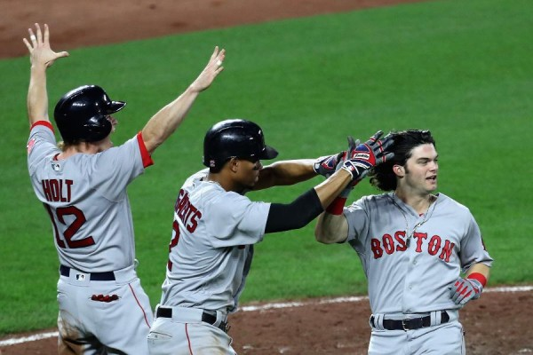 Benintendi's single in 11th sends Red Sox over Orioles 10-8