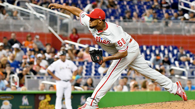 Cardinals acquire Juan Nicasio from Phillies