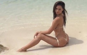 Alexis Ren SI Swimsuit1