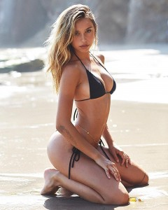 Alexis Ren SI Swimsuit3