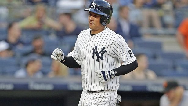 Cubs acquire Ronald Torreyes from Yankees